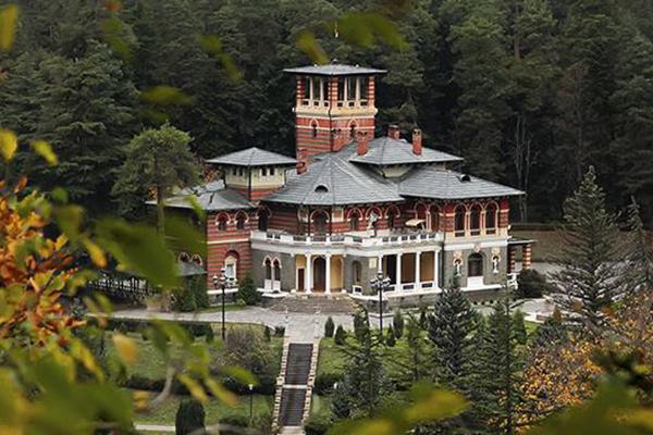 Дворец Ликани
