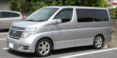 nissan-elgrand-pictures-9330