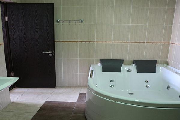 mgzavrebi_batumi_hotel (12)